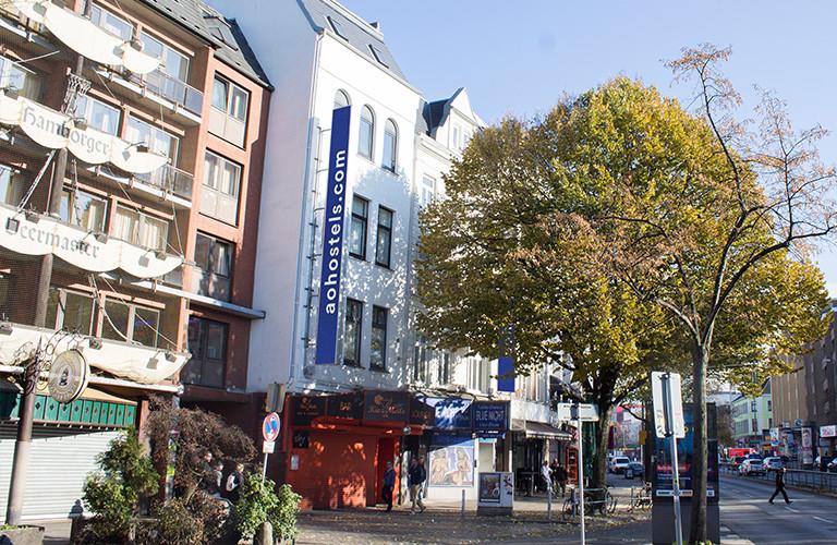 Fassade a&o Hamburg Reeperbahn