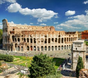 Klassenfahrt Rom, View of the Colosseum in Rome, Italy